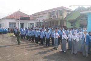 Suasana Peringatan Hari Pahlawan ke-70 di Kecamatan Cikijing